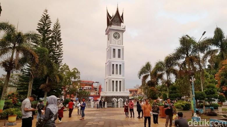 Jam Gadang di Bukittinggi Sumatera Barat (Syanti/detikcom)