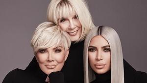 Satu Lagi Bukti Gen Cantik Melekat di Keluarga Kardashian-Jenner