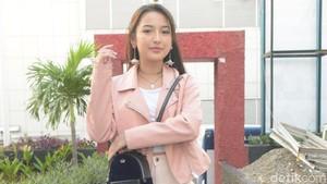 Disebut Plagiat Awkarin, Jennifer Coppen Kesal Banget