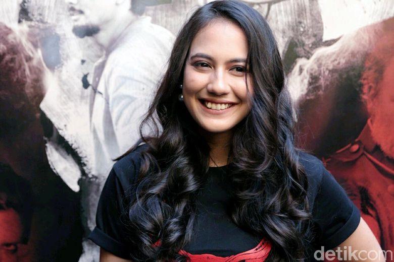 Pevita Pearce saat ditemui di kawasan Kemang, Jakarta Selatan pada Kamis (15/3). Pool/Ismail/detikFoto.