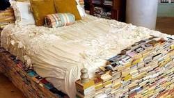 Berbicara soal pengalaman tidur tiap orang bisa berbeda-beda. Ada yang tidurnya harus di tempat tertentu, nah bagaimana kalau kamu tidur di kasur ini?