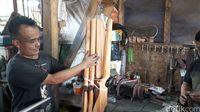 Menengok Cipacing, Kampung Komplotan Perakit 'Pena Ajaib