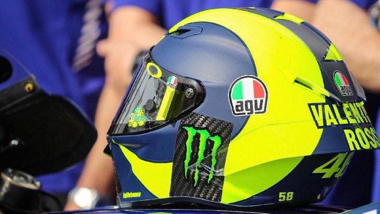 Helm Rossi (Foto: Twitter @rossimania1)