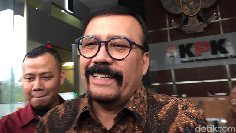 Diperiksa KPK, Aktor Catatan Si Boy The Series: Ngomongin Sepeda