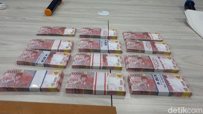 Foto: Bareskrim ungkap  sindikat uang palsu. (Denita-detikcom)