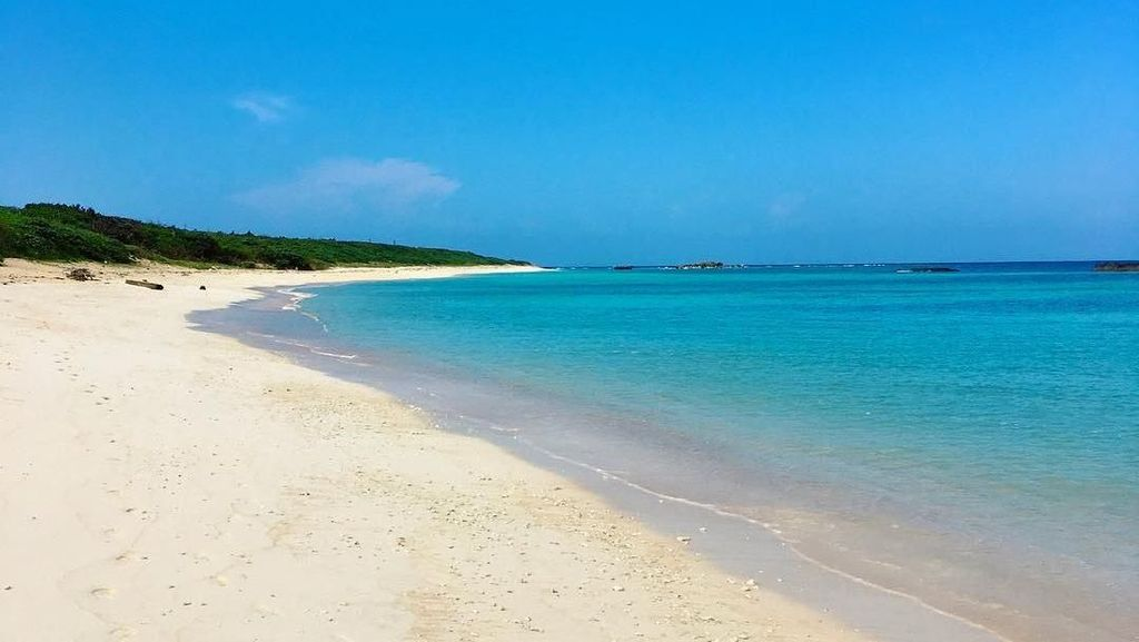 Foto: Pulau Terjauh Jepang yang Paling Cantik