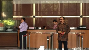 Kasus Emirsyah, Aktor Catatan Si Boy The Series Diperiksa KPK