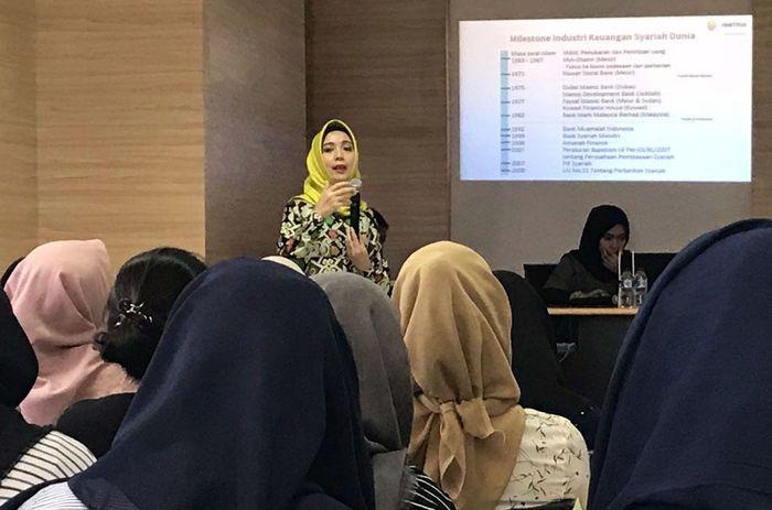 Sharing ini diberikan kepada mahasiswa dan mahasiswi program Vokasi Universitas Indonesia. Foto: dok. Universitas Indonesia