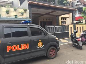 Polisi Periksa Pembantu Rumah yang Disatroni Perampok di Duren Sawit