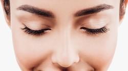 Dari Sulam Alis Sampai Filler Bibir, Fakta di Balik Tren Kecantikan