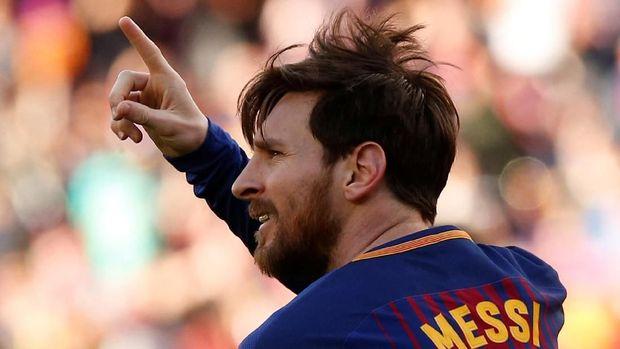 Lionel Messi mencetak satu gol ke gawang Bilbao dalam pertandingan Minggu (18/3).