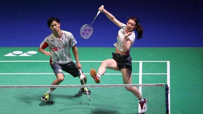 Yuta Watanabe/Arisa Higashino menjadi juara ganda  campuran All England pertama dari Jepang. (Peter Cziborra/Reuters)