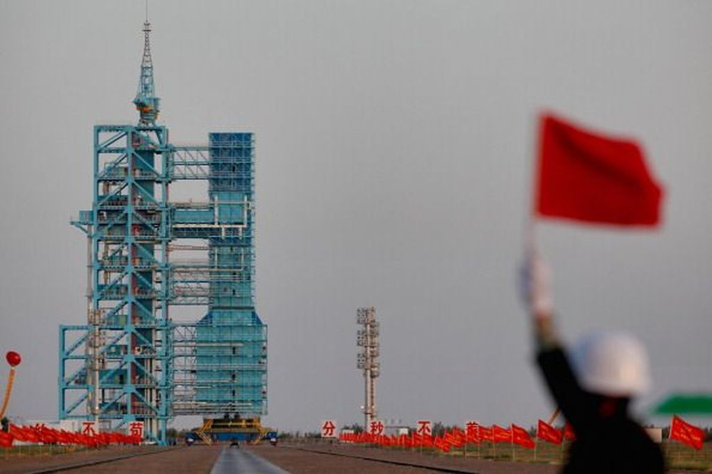 Tiangong-1 diluncurkan pada 30 September 2011 dari Jiuquan Satellite Launch Center, China. Stasiun ini merupakan muatan dari roket Long March 2F. Foto: Getty Images