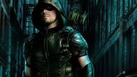 Sosok Green Arrow yang misterius.