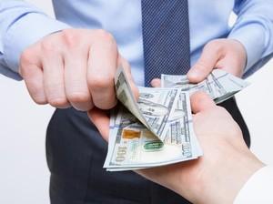 Bos Baik Hati Tetap Beri Gaji Karyawan yang Resign, Alasannya Bikin Haru