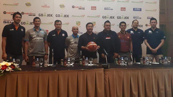 Konferensi pers menjelang semifinal IBL 2017/2018. (Mercy Raya/detikSport)