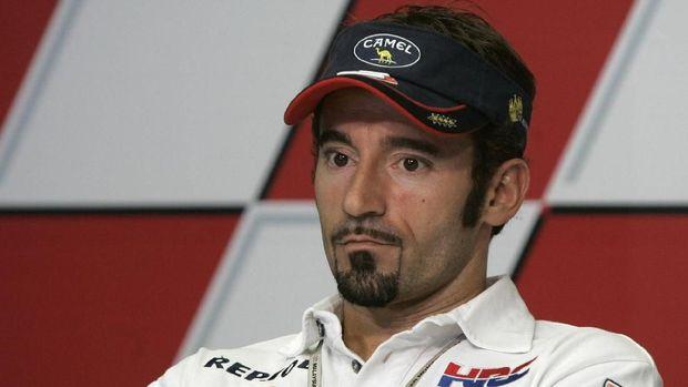 Max Biaggi menilai keputusan Valentino Rossi memperpanjang kontrak di Yamaha adalah keputusan berani.