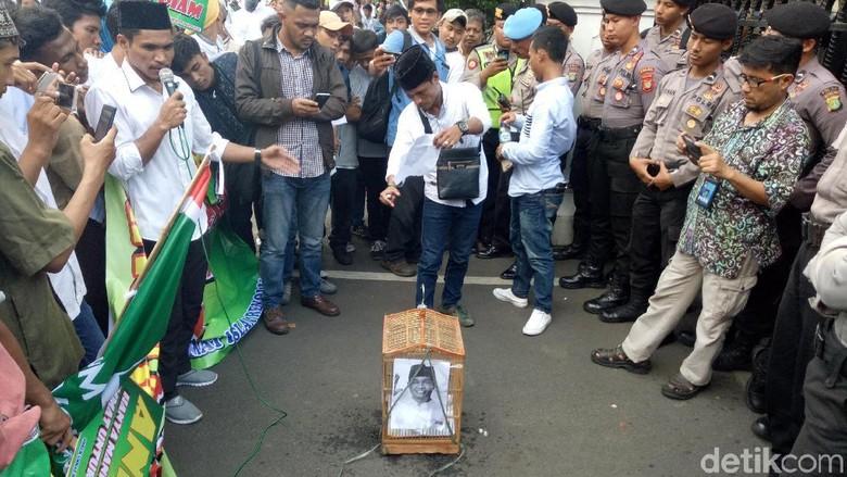 Siapa FUIR yang Demo Anies untuk Bela Habib Rizieq?