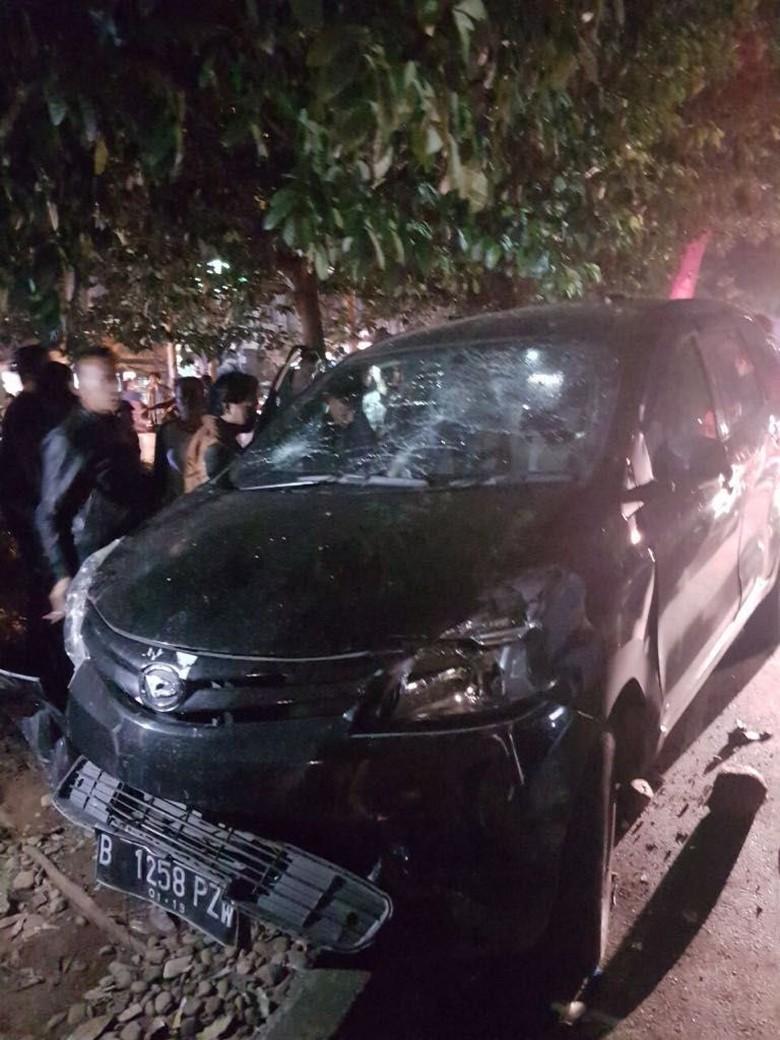 Mobil yang Dikemudikan WN Iran Tabrak 4 Motor di Depok
