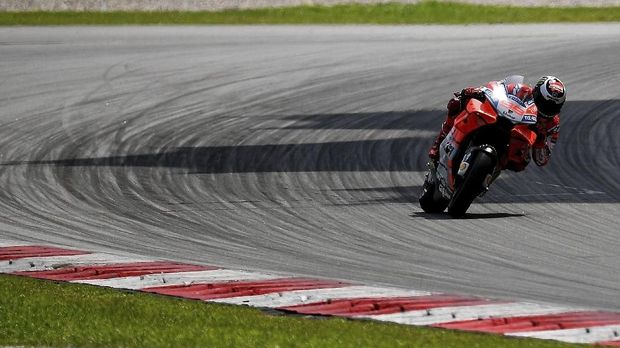 Jorge Lorenzo menghadapi tantangan baru bersama Honda.