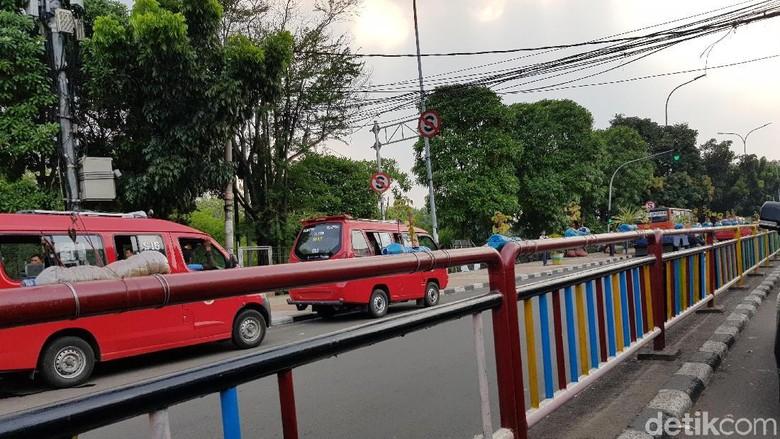 Before After Taman Berumur Pendek di Jakarta Timur