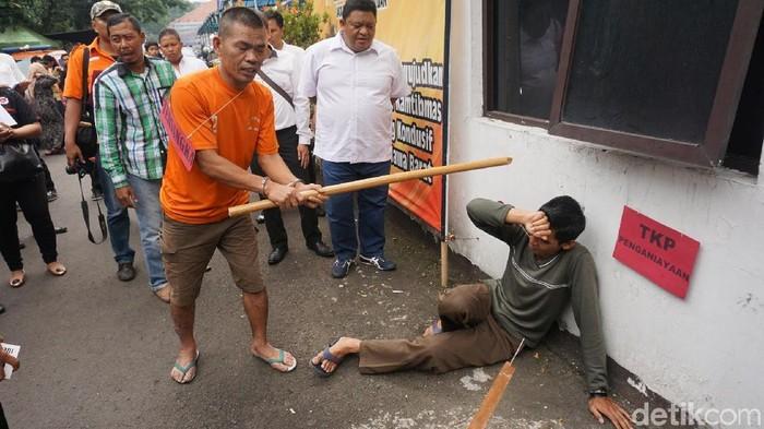 Rekonstruksi Pembunuhan Ustaz Prawoto