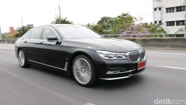 BMW Seri 7 (Foto: Rangga Rahadiansyah)