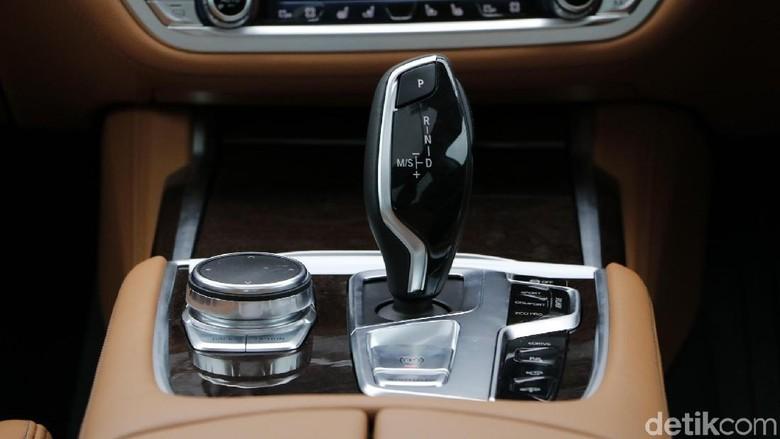 3 Alasan Mobil Matik Lebih Laris Ketimbang Manual Foto: Rangga Rahadiansyah