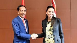 Foto: Interaksi Jokowi-PM Selandia Baru yang Diterpa Isu Miring