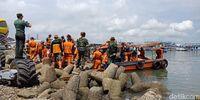 TNI Ikut Bantu Pembersihan Kawasan Teluk Jakarta