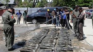 Foto: 100 Bom Ditemukan di Bangkok, Ternyata Tiruan