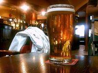 Gelas Bir Sering Dicuri, Bar Ini Investasikan Rp 55 Juta untuk Alarm di Gelas