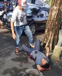 Bandar Narkoba Ditembak Di Pinggir Jalan Jadi Tontonan