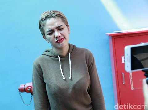 Lucinta Luna Adu Mulut dengan Nikita Mirzani karena Nasihat Kejujuran