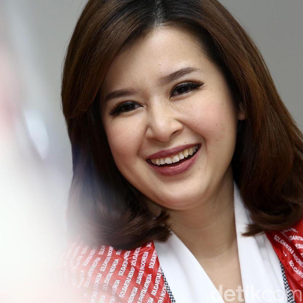 Grace Natalie: Nomor Satu, Jokowi Satu Periode Lagi