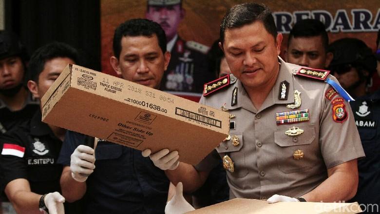 Cek Makanan Kedaluwarsa, Polisi Panggil Pihak Ritel