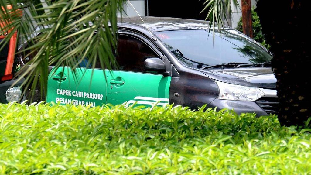 Kemendagri Ungkap Sulitnya Terapkan Aturan Taksi Online di Daerah