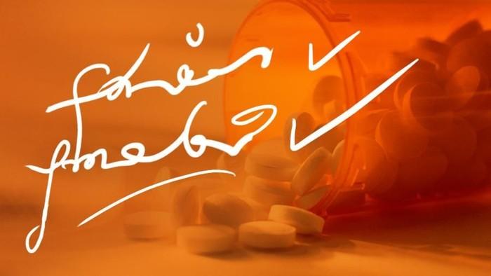 Apoteker juga harus tetap bertanya pada dokter saat tidak membaca resep obat dengan tulisan cakar ayam. (Foto: Infografis)