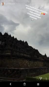 Terimakasih Ayana! Masih banyak destinasi wisata di Indonesia selain Candi Borobudur yang bisa kamu datangi (xolovelyayana/Instagram)