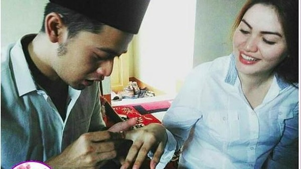 Pernikahan Kriss-Hilda Terbilang Sah & (Cap) Fix Pebinor Billy Syahputra