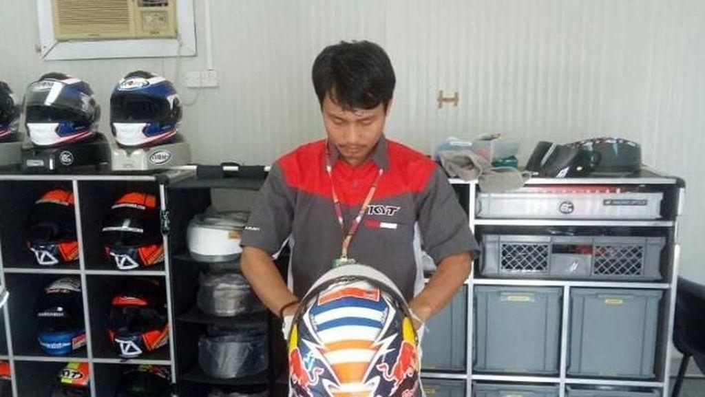 Ini yang Dilakukan Mugiyono Agar Dovizioso Nyaman Pakai Helmnya