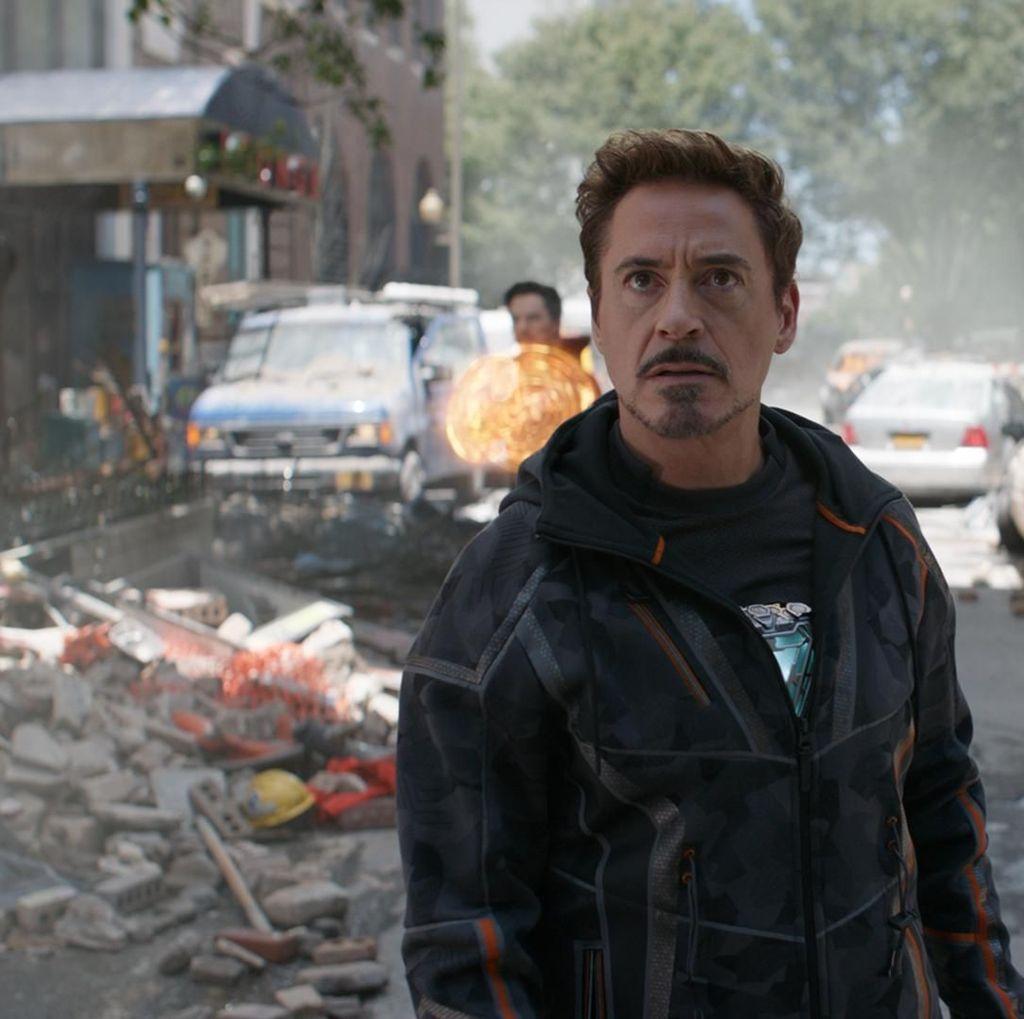 Chaos di Avengers 4 sudah Diprediksi Tony Stark sejak Age of Ultron
