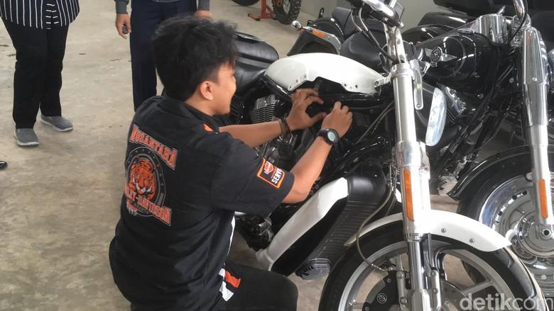 Lama Tak Dikendarai, 1 Unit Harley Sitaan KPK Mati Total