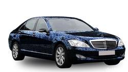 Gak Cuma Mobil Pribadi, Truk Juga Pakai Stiker Demi Bodi Kinclong