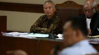 Agenda persidangan yakni menghadirkan penyuap, eks Komisaris PT Adhiguna Keruktama (AGK) Adi Putra Kurniawan.