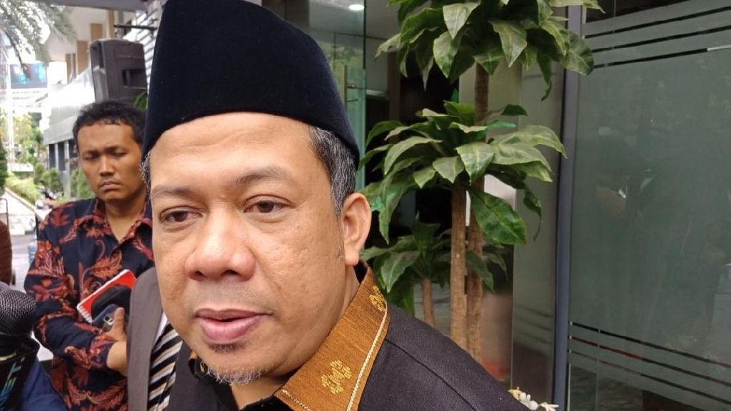 Kritik Mendikbud yang Gelar Nobar Dilan, Fahri: Itu Fiksi