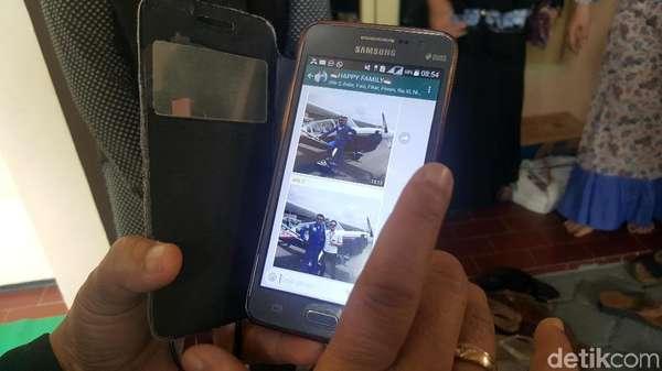 Swafoto Terakhir Pilot Hanafie sebelum Pesawat Celaka di Cilacap