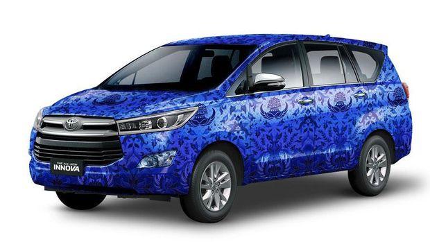 Mobil dinas Innova
