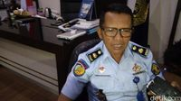 Napi Ngamuk, Wartel Mahal dan Selundup Ponsel di Lapas Cirebon