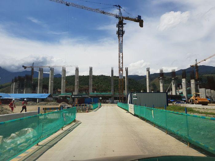 KONI Pusat mengunjungi Papua, 21-23 Maret 2018, dalam rangka rapat koordinasi persiapan PON 2020